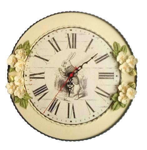 """Часы """"Кролик из зазеркалья"""""""