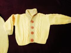 фотография Вязаный костюмчик на вашего малыша
